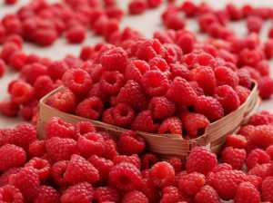 Rasberry After Sun Facial Mask